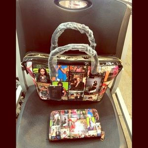 Super cute Michelle Obama bags and wallets on sale